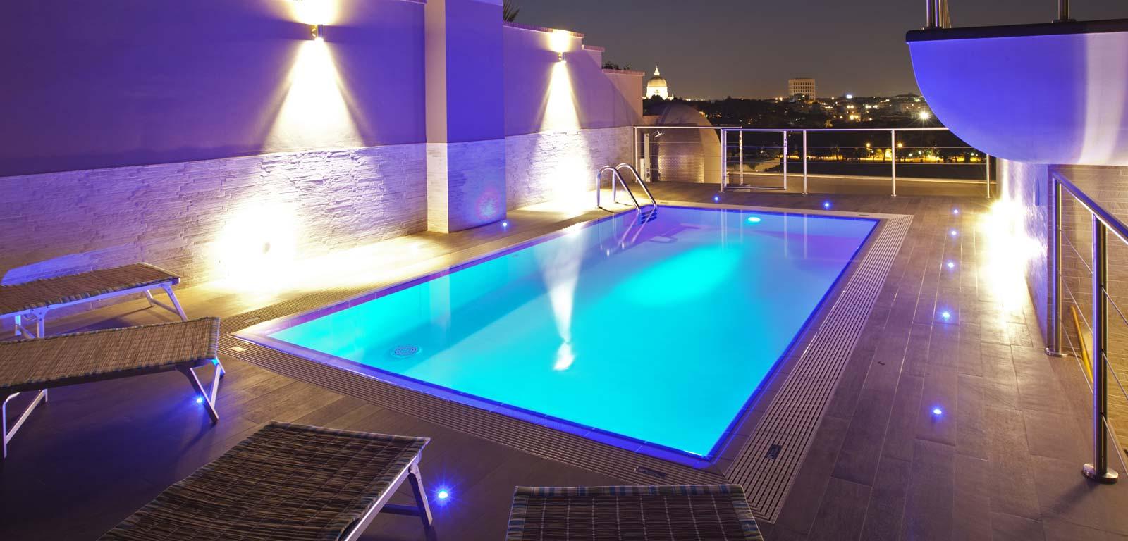 Illuminazione per piscine ~ Piscine Castiglione