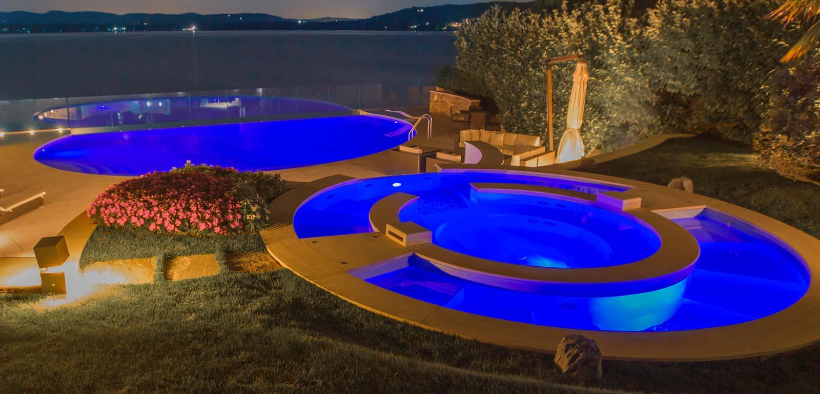 Costo piscina costo di una piscina in cemento armato with - Quanto costa costruire una piscina ...