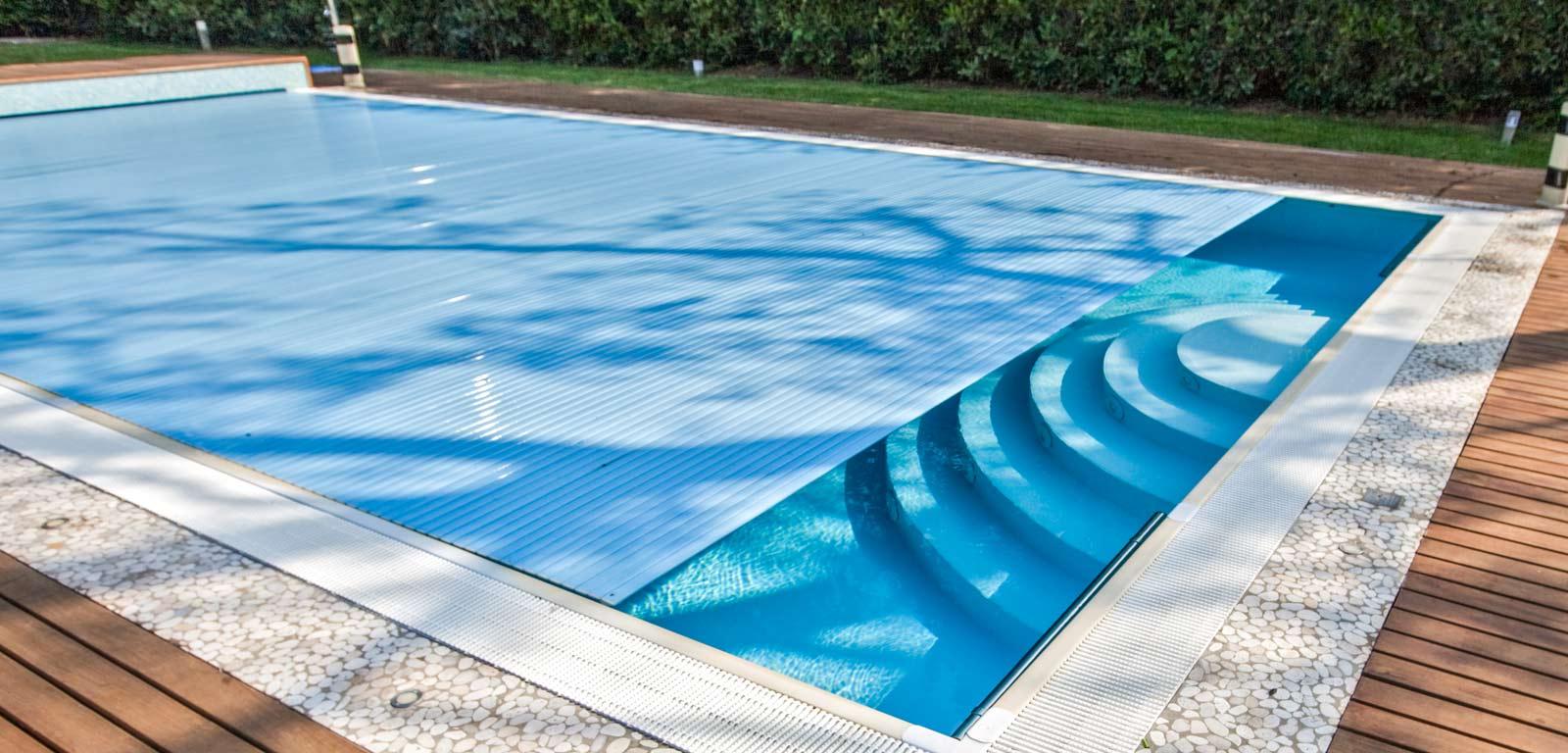 Coperture per piscine accessori piscine castiglione for Teli per piscine interrate