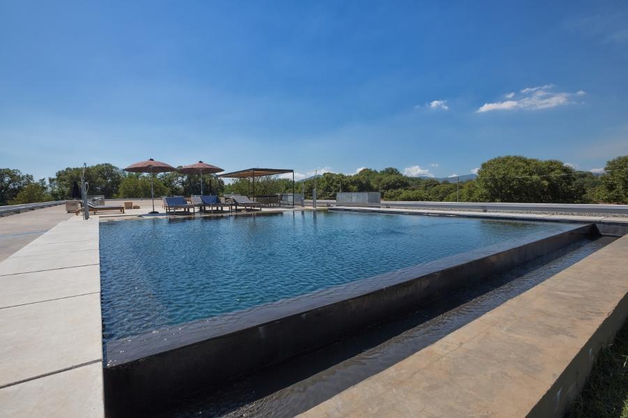Un resort nella tenuta di vallefredda uno scenario for Clorazione piscine