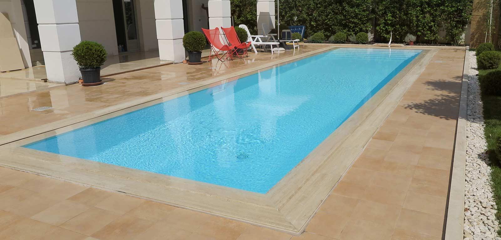 Piscine con rivestimento bianco piscine castiglione - Piscine in muratura prezzi ...