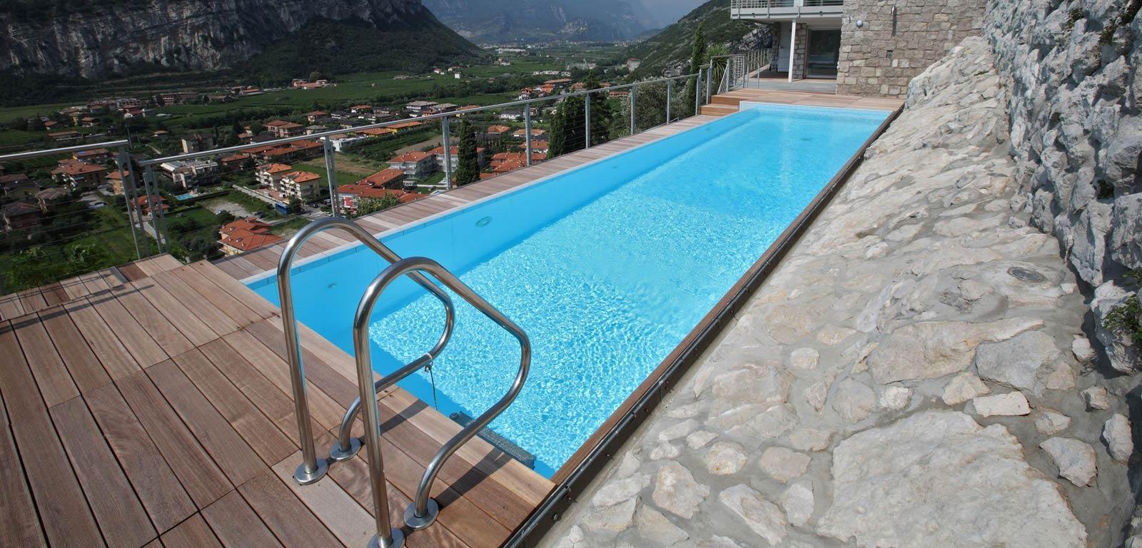 Piscine su terrazzo piscine castiglione - Piscina castiglione ...
