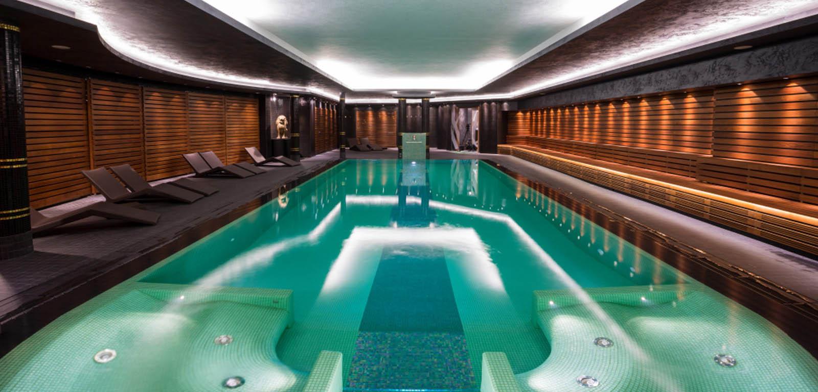 Piscine da interno sport e relax piscine castiglione - Piscina da interno ...
