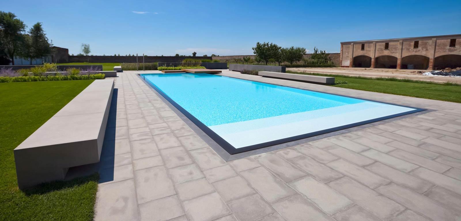 Piscine luxury la piscina esclusiva di lusso piscine for Castiglione piscine