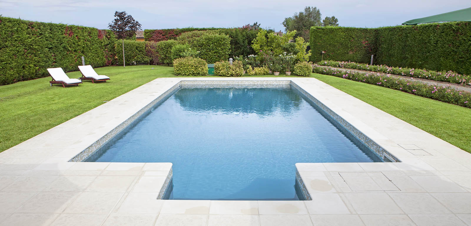 Piscine luxury la piscina esclusiva di lusso piscine - Foto di piscine interrate ...