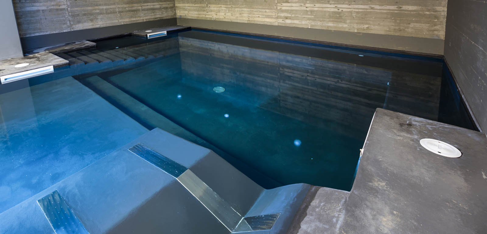 Piscine da interno sport e relax piscine castiglione for Piscina g s roma 53 roma