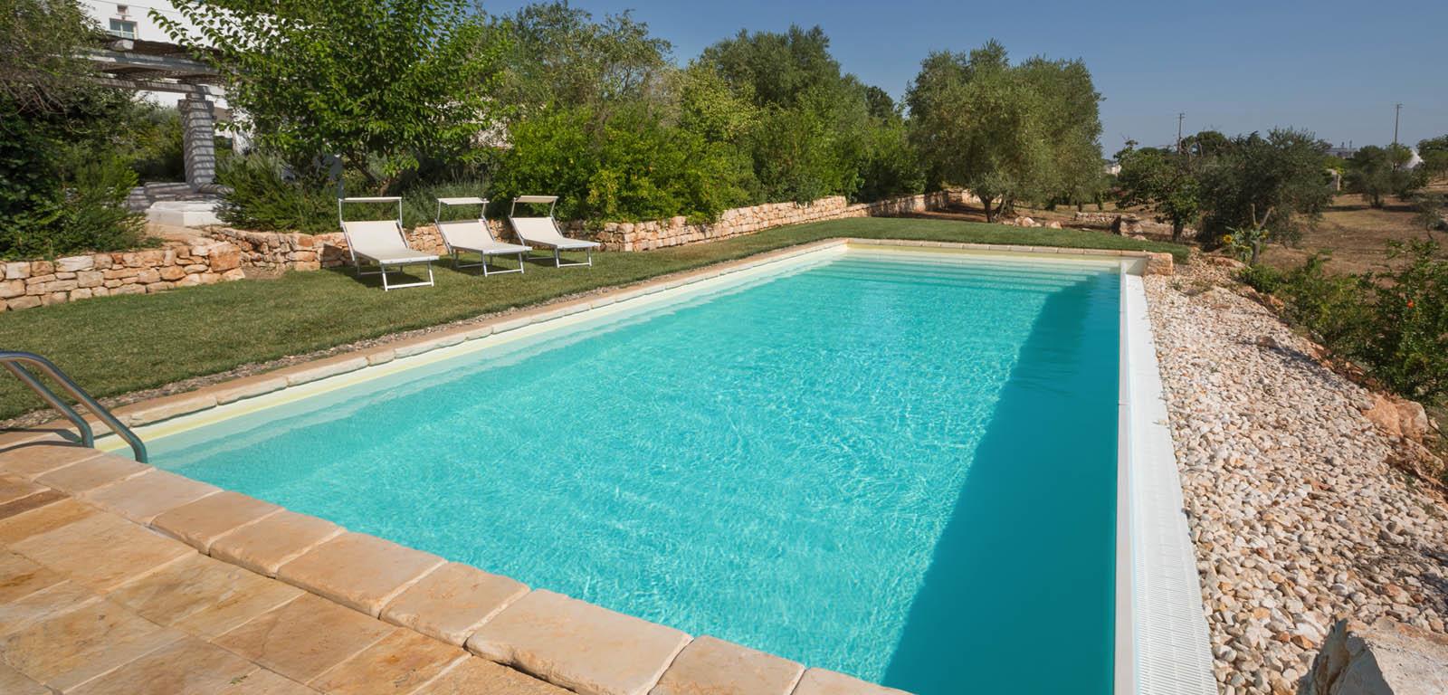 Piscine in giardino piscine castiglione for Castiglione piscine