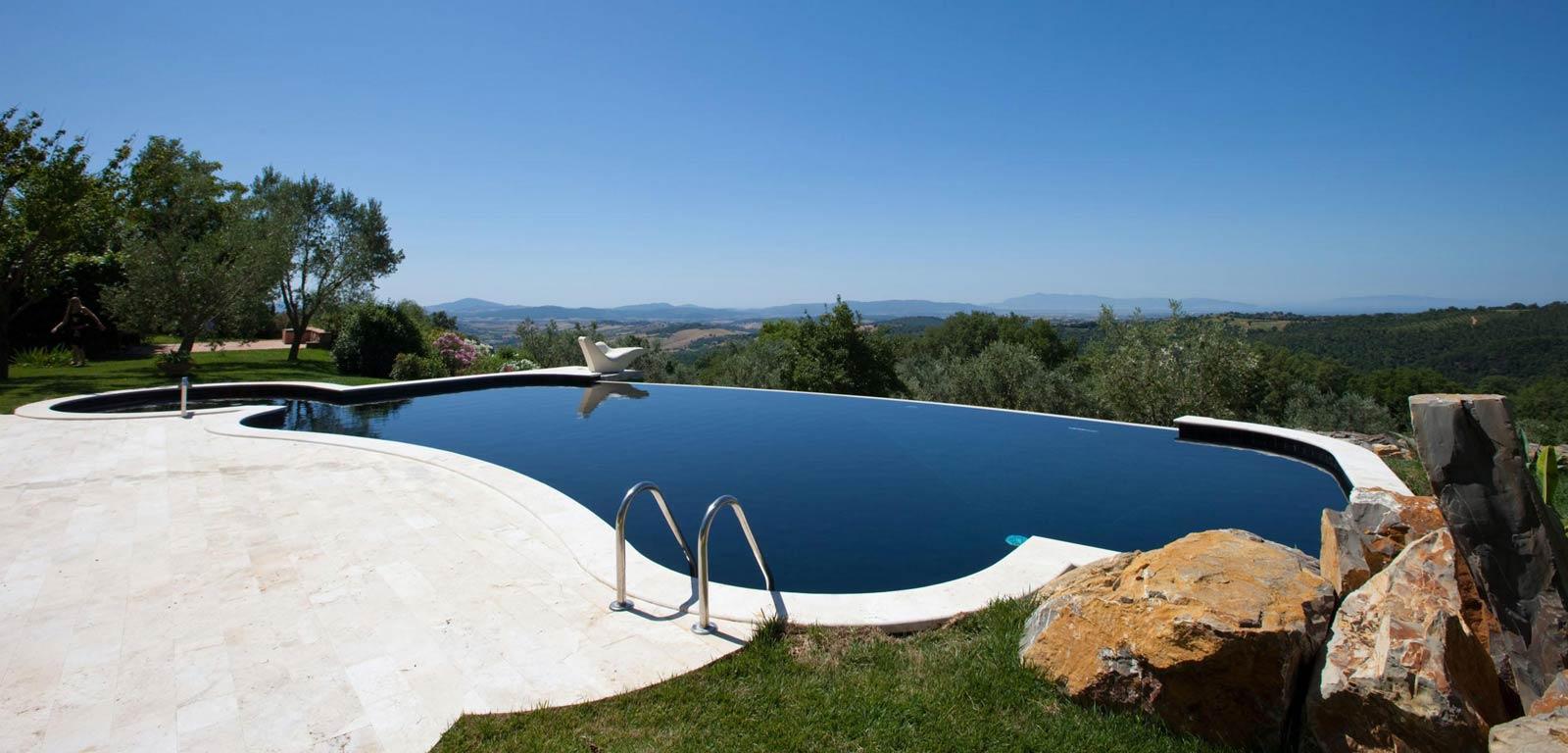 Piscine con rivestimento nero piscine castiglione for Teli per piscine interrate