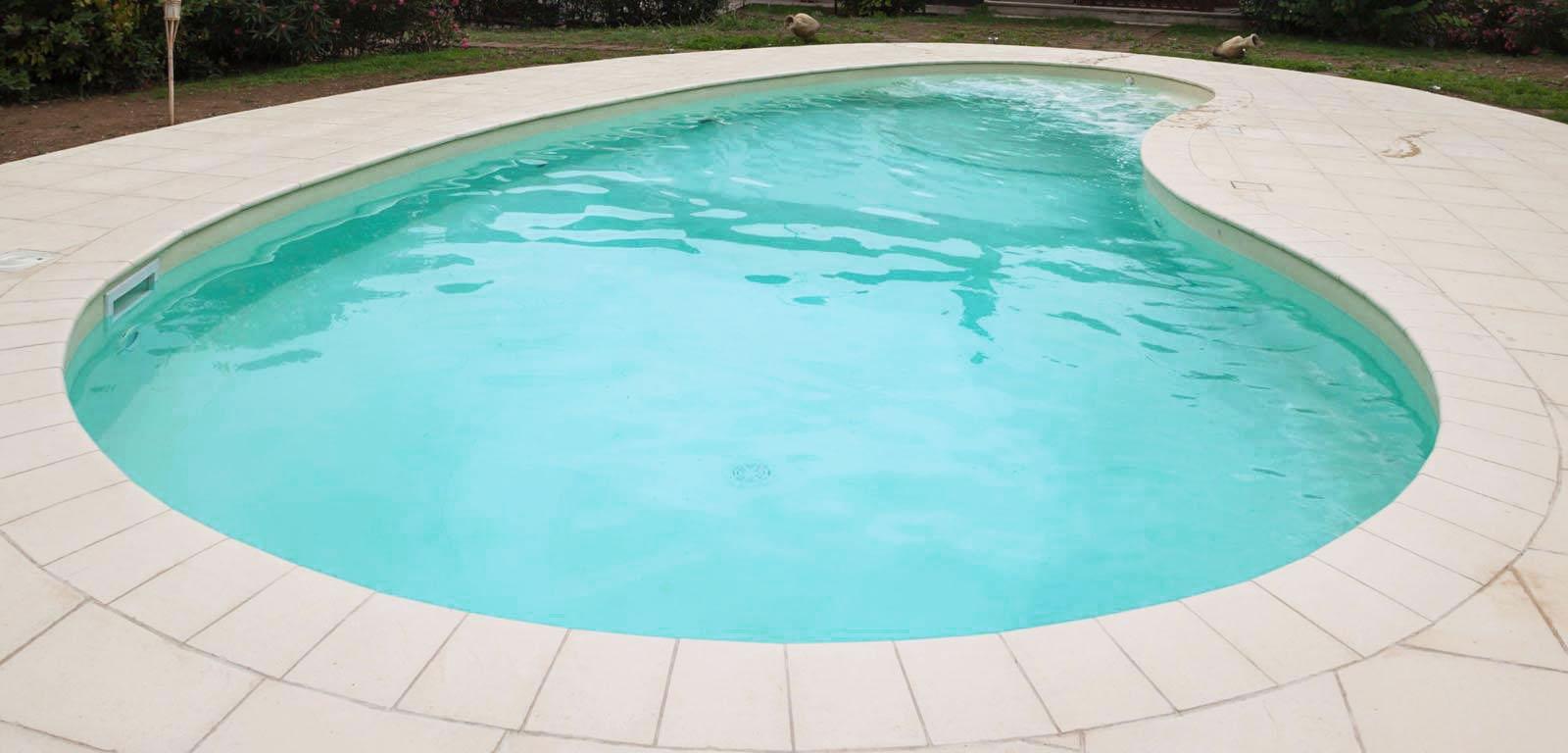 Piscine con telo sabbia piscine castiglione for Piscine 10x5