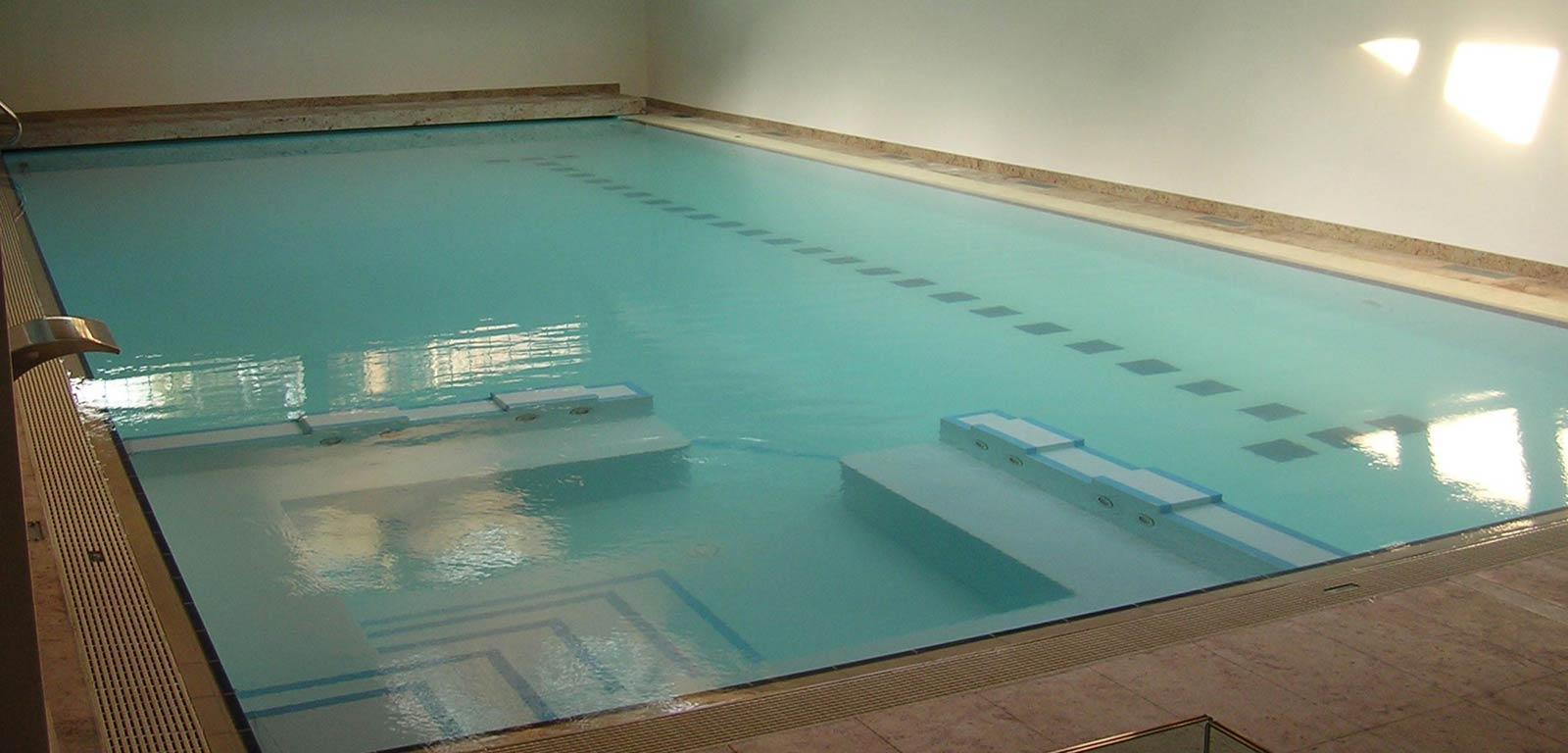 Piscine da interno sport e relax piscine castiglione - Piscine per casa ...