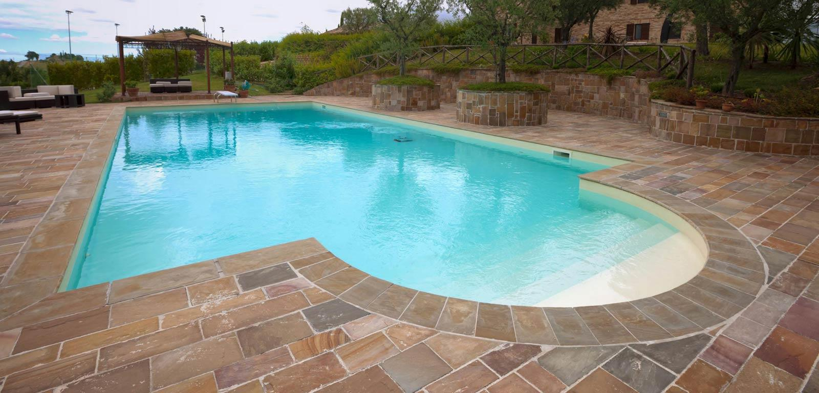 Piscine con telo sabbia piscine castiglione for Castiglione piscine