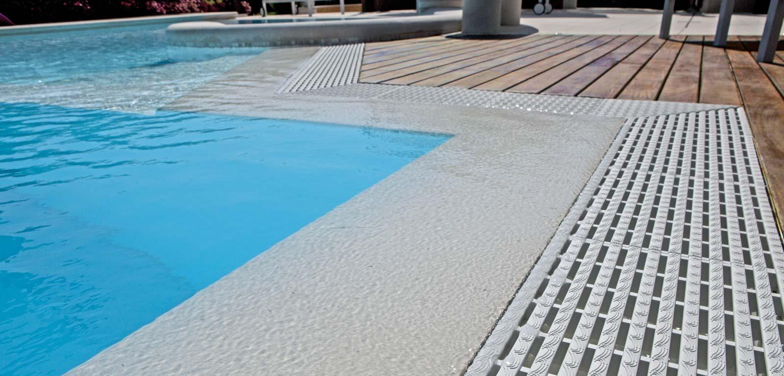 Sfioro trilogy piscine castiglione - Piante per bordo piscina ...