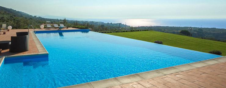 Di che colore vuoi il telo della piscina piscine - Teli per piscine ...