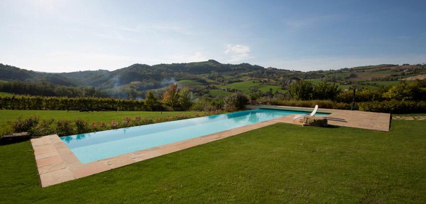 Quanto costa una piscina piscine castiglione - Quanto costa mantenere una piscina ...
