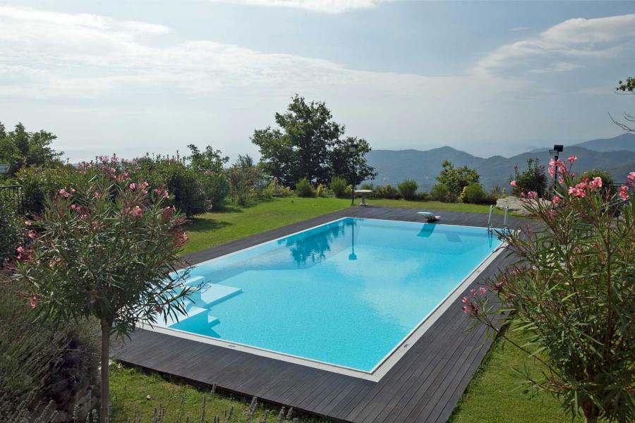 Costruire una piscina permessi tempi e costi piscine castiglione - Costruire piscina costi ...