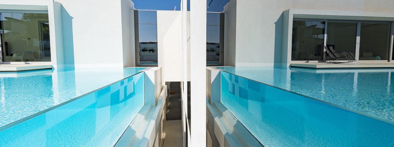 Effetto specchio piscina