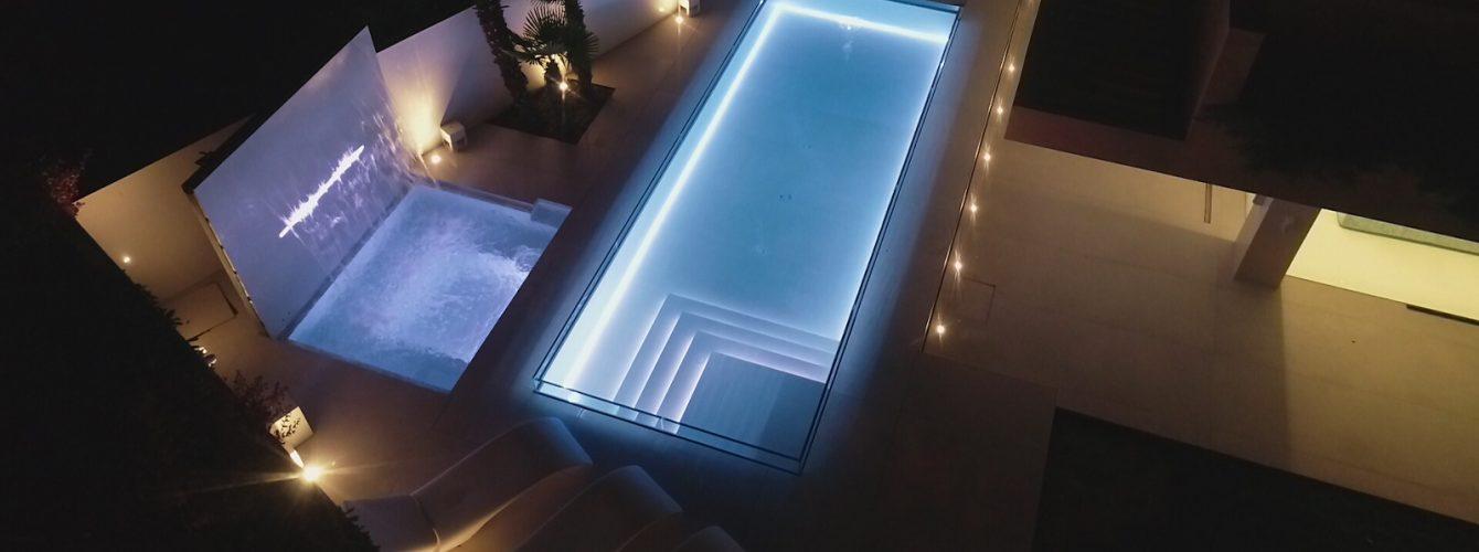 piscina-di-sera