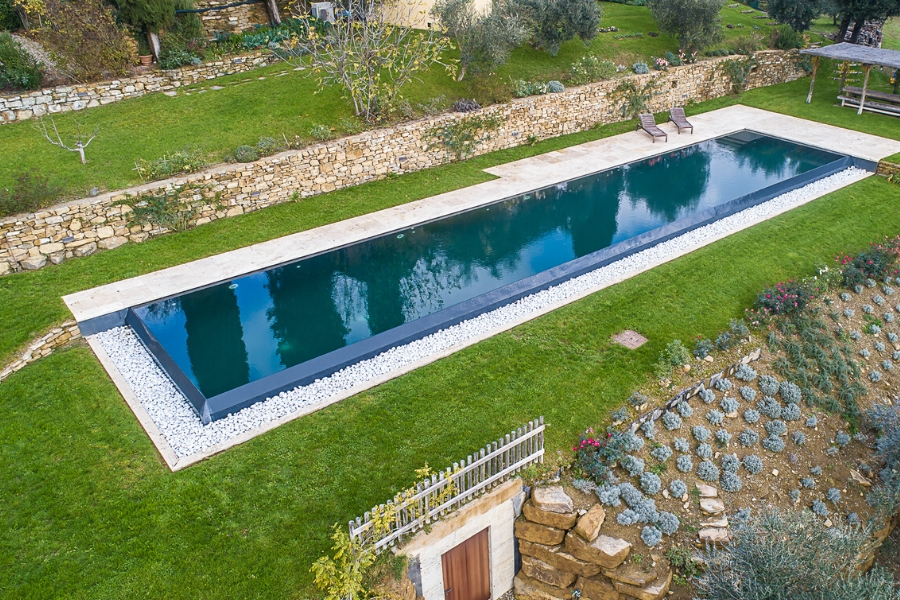 Rivestimento piscina nero