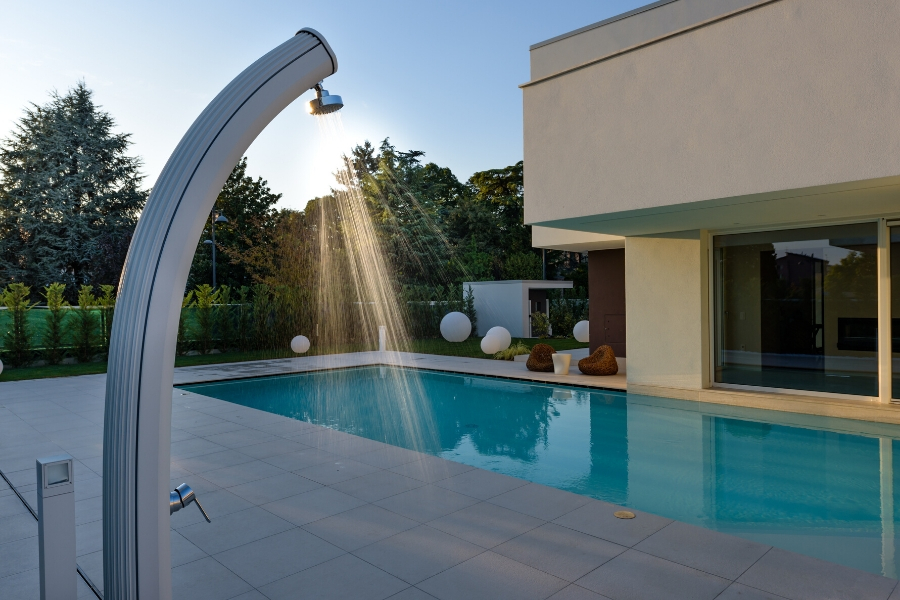 doccia piscina