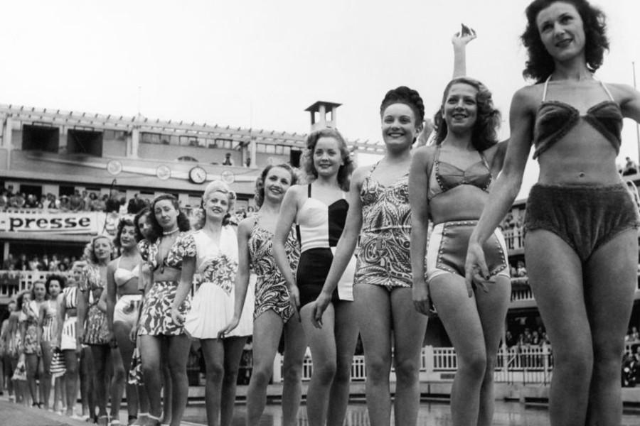 Il primo bikini 1946 | Piscine Castiglione