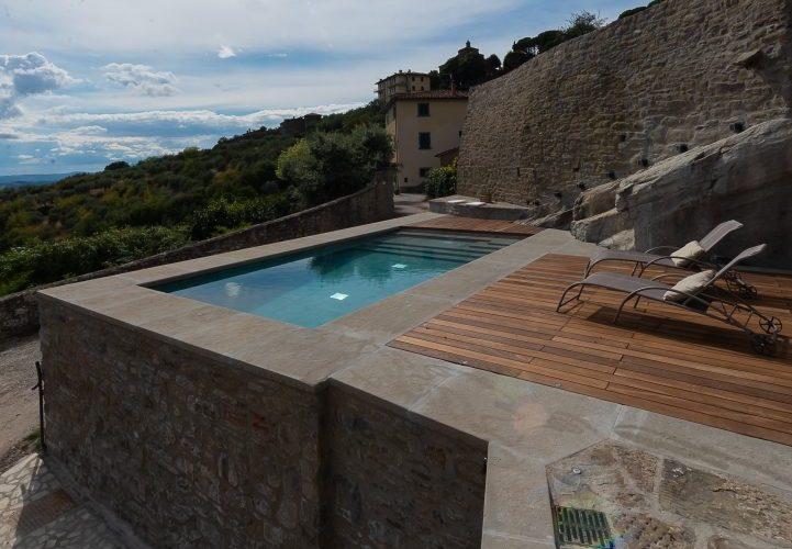 piscina su terrazzo, rettangolare