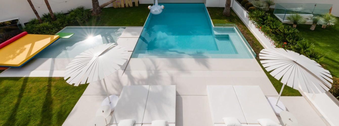 piscina di design per resort