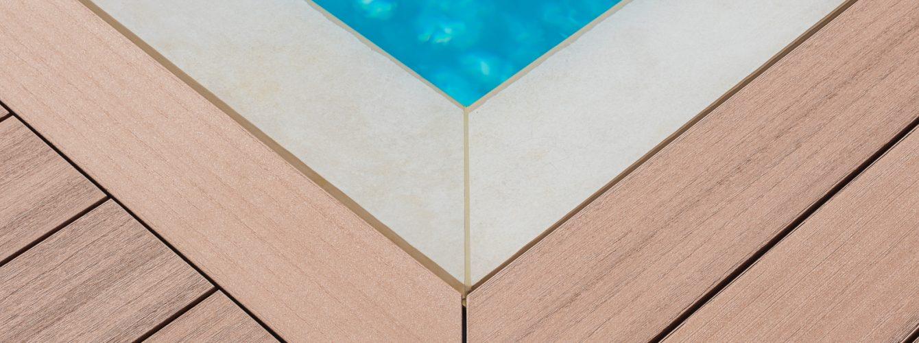 Dettaglio sfioro piscina