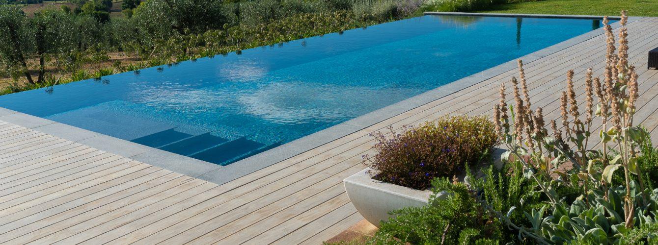 vista-piscina-arezzo